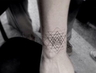 háromszögek